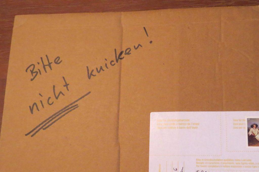Alltagsärger Mit Der Post Brief Geknickt Inhalt Unbrauchbar